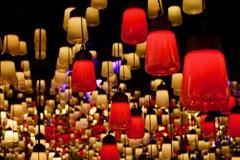 光が呼応するランプの世界