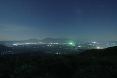 月夜の阿蘇カルデラ