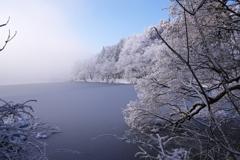 雪と霧が晴れて