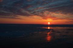 オホーツクの夜明け