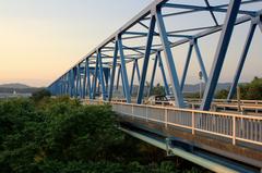 夕方の愛岐大橋