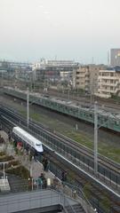 小さな新幹線と大きな電車
