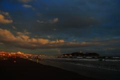 焼け始める江ノ島
