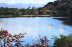 猪ノ口湖の秋