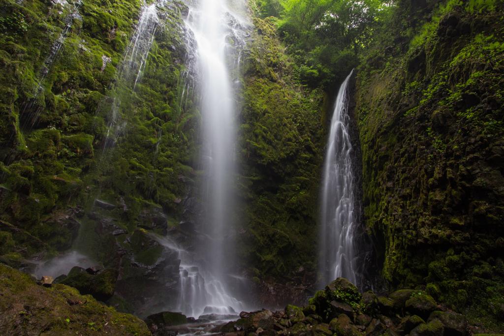 乙原の滝 by おでん (ID:44693...