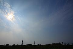 太陽の下で散歩