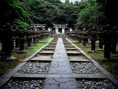 毛利家の墓2