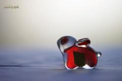 赤いガラスの兎