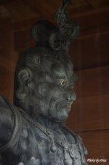 成就院の金剛力士像吽形(その1)