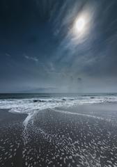 穏やかないつもの海岸