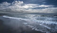 雨上がりの海 2