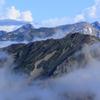 雲に浮かんだ白馬三山
