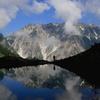 静かな朝 八方池