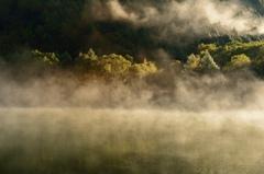 朝霧を纏って