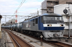 EF210-117 貨物列車