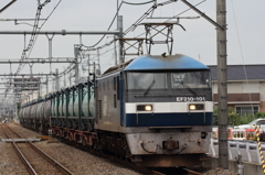EF210-101 貨物列車