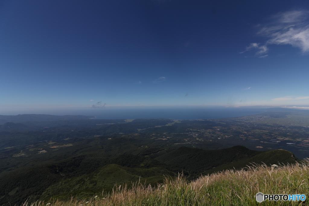 岩木山山頂からの日本海