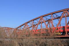 茶色の鉄橋