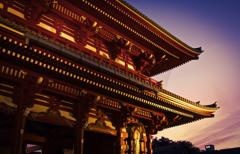 夕暮れ-浅草寺