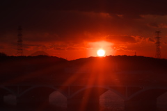 夕日の手賀沼そして富士山も