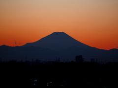 燃ゆる富士