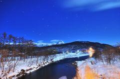 夜冬の浜益富士