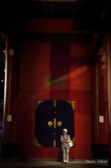 夕暮れの宝蔵門