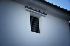 几帳面な窓