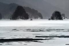 寂寥の氷湖