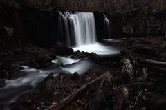 十和田神秘の守護滝