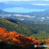 紅葉越しの田沢湖