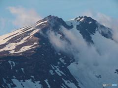 山頂を目指す雲。