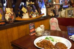 ランチは新宿のカフェ・アルル