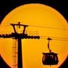 夕陽とシャトル