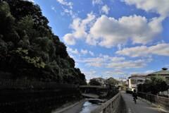 穴澤天神社でロケ