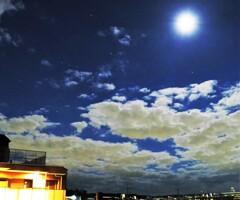 月と雲とオリオン座