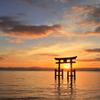 白髭神社の朝陽