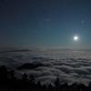 月夜の雲海