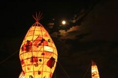 お月様と行灯