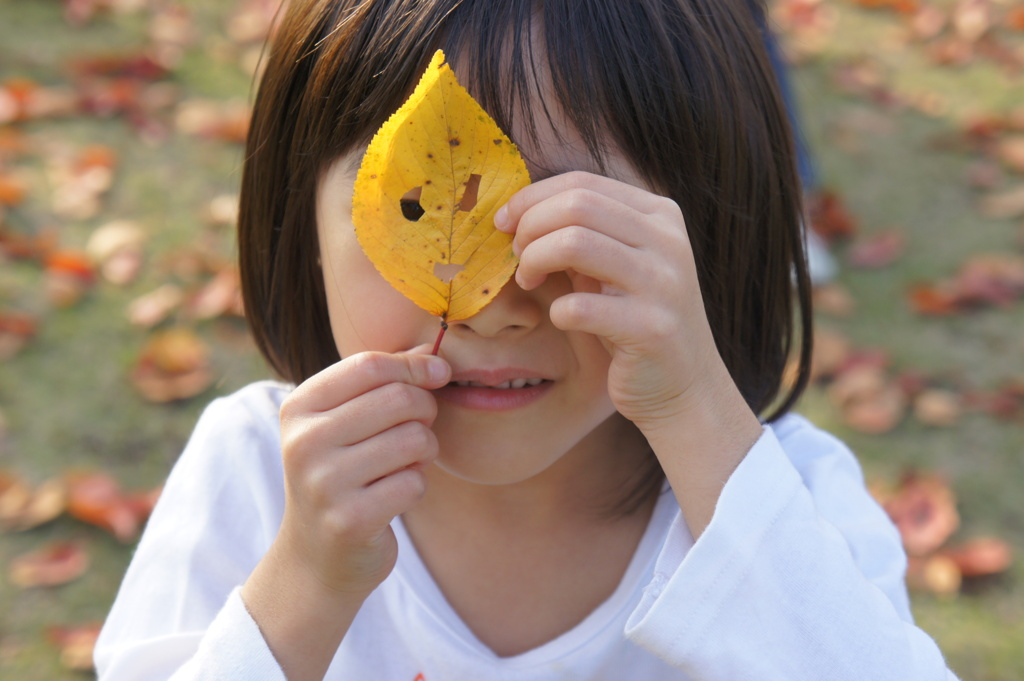 小さな黄色い仮面