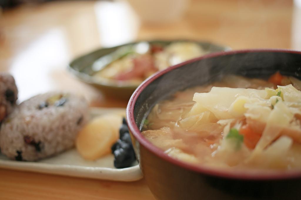 おむすび豆りん定食