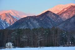 北葛岳と蓮華岳の朝