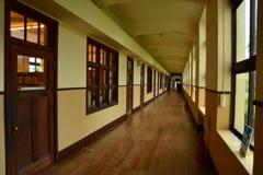 豊郷小学校旧校舎・一階廊下