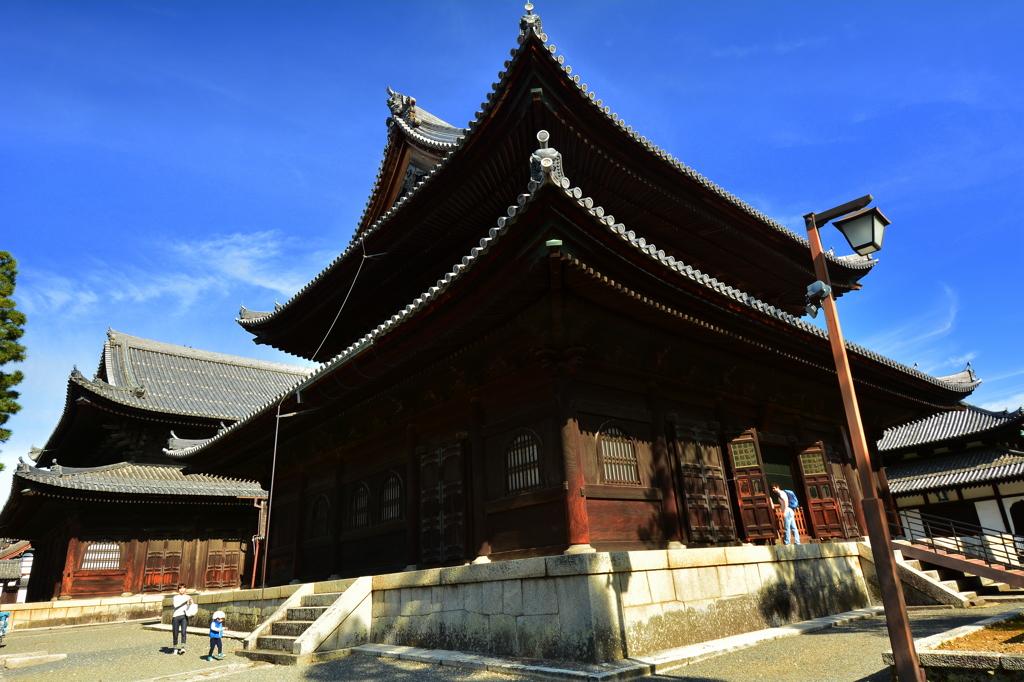 妙心寺仏殿・秋