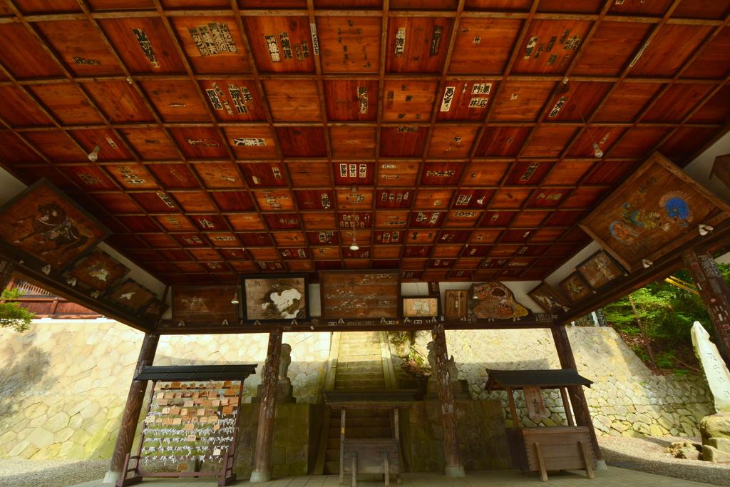 櫻山八幡宮・絵馬殿 by ginkosan (ID:7810711) - 写真共有サイト ...