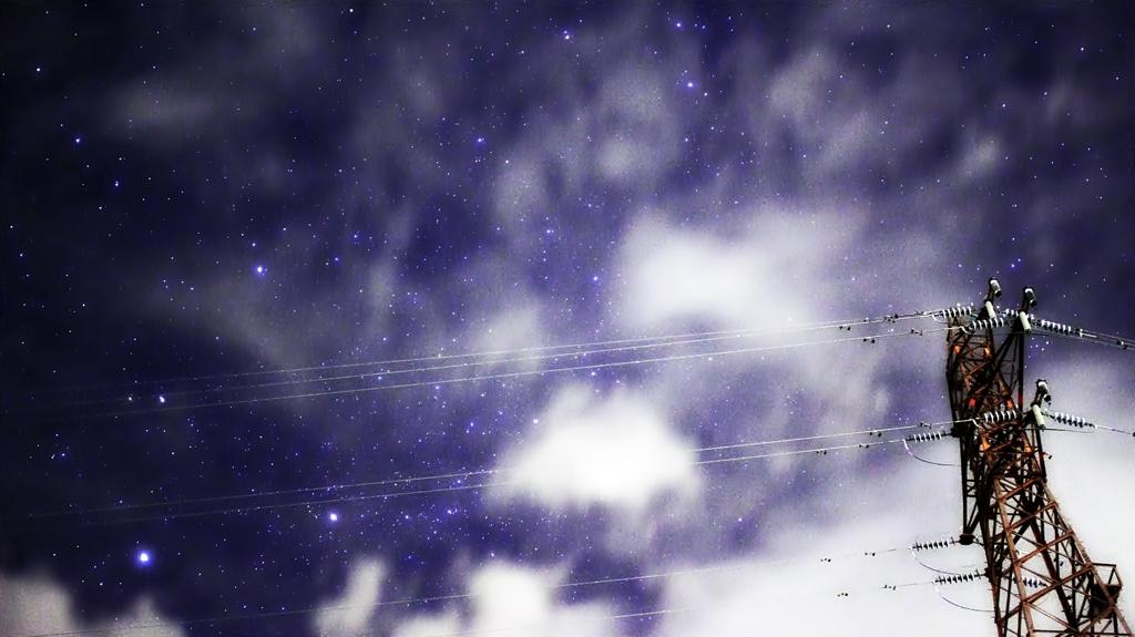 雲の切れ間(東の空)