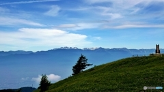思い出の丘と北アルプス