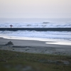 早朝の浜辺