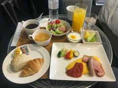 コロナ禍の一時帰国 朝食はルームサービス