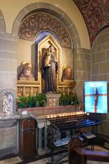 聖エリザベス教会 拝廊の祭壇その1@ボン